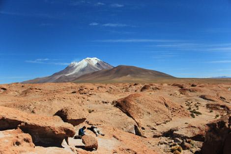 Coulée lave et volcan