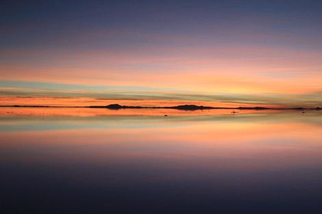 Uyuni sunrise orange strip