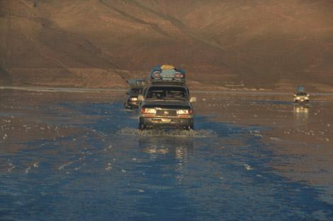 Uyuni traversée eau 4x4