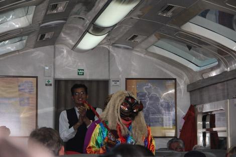 Dans le train du retour on croise des gens étranges…