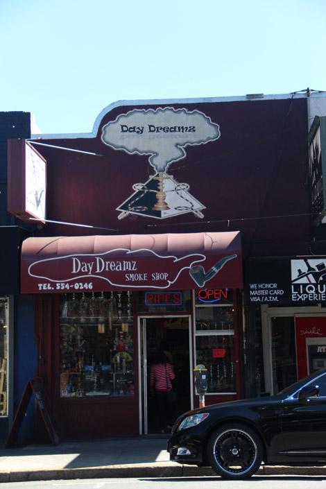"""Un """"smoke store"""""""