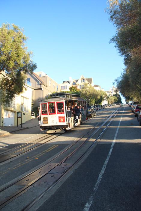 Il existe trois ligne de Cable Car toujours actives à SF