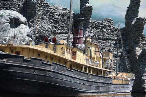 """Le bateau de """"king Kong"""" de P. Jackson (en vrai, la maquette fait bien… Ouf, trois mètres de long!)"""