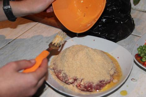Albondigas boulettes de viande haché, ajout de chapelure