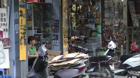 Rue du bricolage à Hanoï