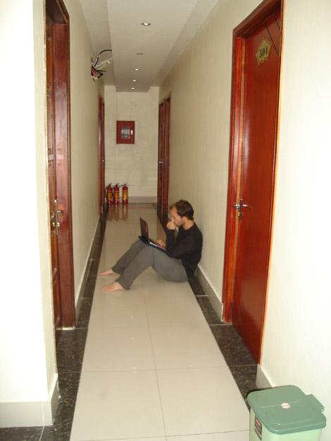 Avec wifi dans… le couloir (on s'en fiche, nous étions la seule chambre occupée de l'étage)!