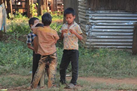 Enfants du Ratanakiri