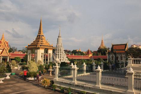 Autour de la pagode