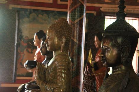 Wat Phnom a l'intérieur