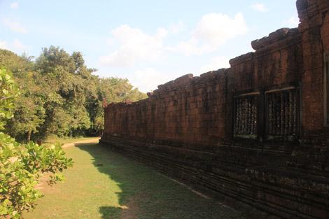 Un mur de fort belle taille…