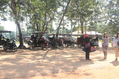 Vendeurs d'Angkor
