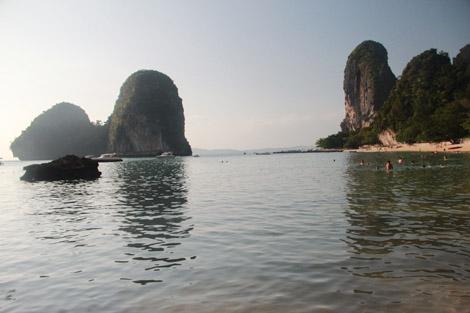 Les fameux pics karstiques thaïlandais