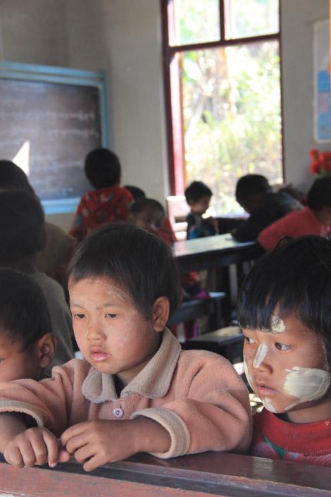 Écoliers birmans