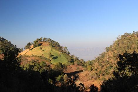 Paysage vallonné du plateau shan
