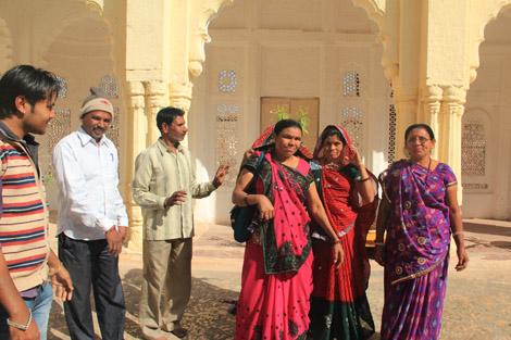 Femmes indiennes dans le fort de Jodhpur