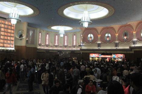 A l'intérieur du cinéma le Raj Mandir à Jaipur